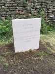 Headstones for pets memorial