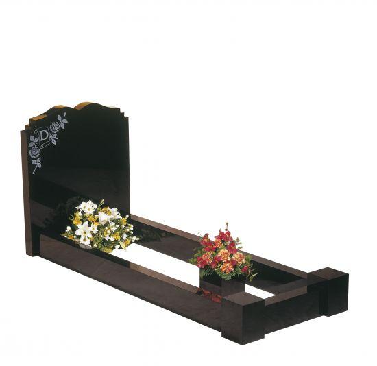 MM004 memorial