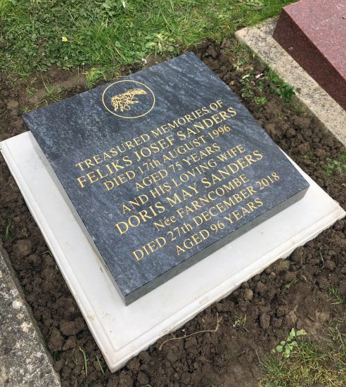 Sanders memorial